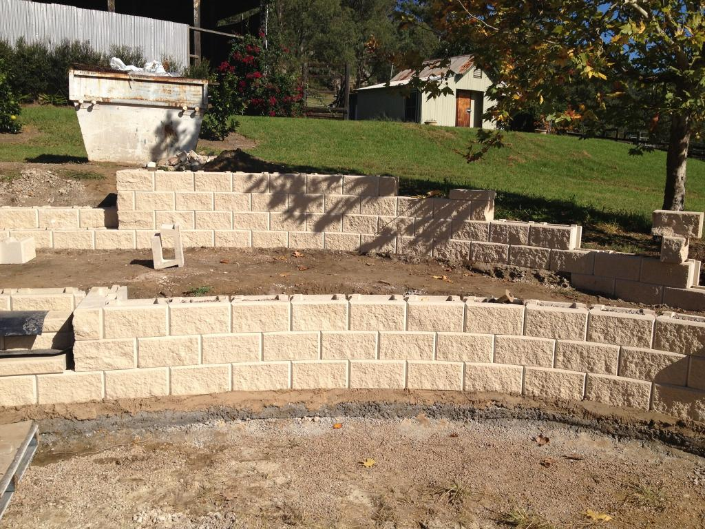Retaining walls-Sarasota FL Landscape Designs & Outdoor Living Areas-We offer Landscape Design, Outdoor Patios & Pergolas, Outdoor Living Spaces, Stonescapes, Residential & Commercial Landscaping, Irrigation Installation & Repairs, Drainage Systems, Landscape Lighting, Outdoor Living Spaces, Tree Service, Lawn Service, and more.